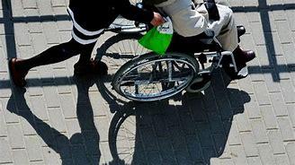 Bildresultat för rullstol asstansfusk