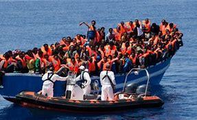 Bildresultat för flyktingkrisen 2015